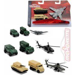 Járművek - Repülők - Majorette Air Strike 4féle változatban