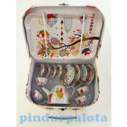 Szerepjátékok - Tea szett bőröndben