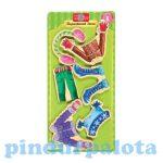 Öltöztetős játékok - Fa mágneses öltöztethető baba kiegészítő téli ruhák nagy ruhaszett TS-Shure