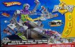 Hot Wheels Autopálya - Ttrick Trucks Bionic robotháború