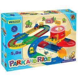 Járművek - Wader játék parkoló, vasút és autópálya