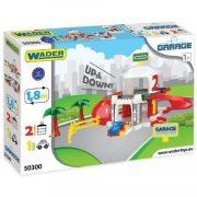 Játék Garázsok - Autópályák - Parkolóházak kisautókhoz - Két emeletes garázs szett lifttel Wader