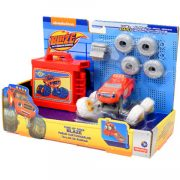 Játék autók - Autós játékok - Láng és a szuperverdák, Cserélhető kerekű Láng, Mattel