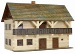 Építőjátékok - Ház építős játék fából emeletes erkélyes főépület