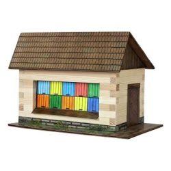 Faház építő játékok - Fa épületmakettek - Faház méhészeti fallal