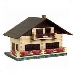 Walachia fa barkács játékok - Alpesi ház
