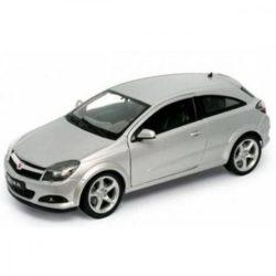 Welly Opel Astra GTC ezüst kisautó 1:60-64